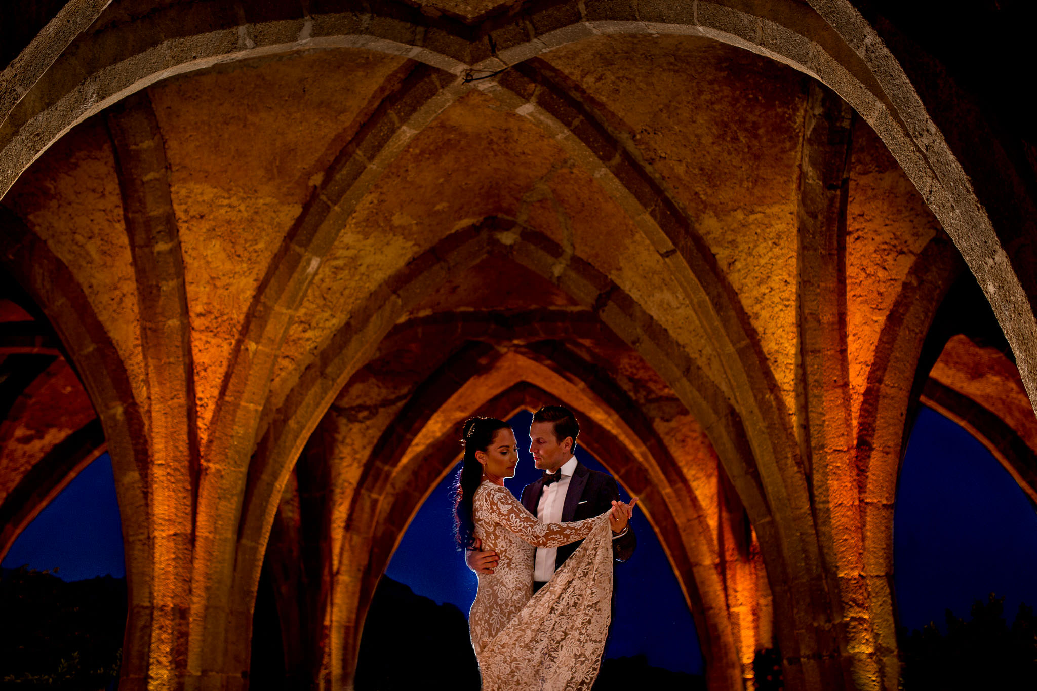 Bride and Groom first dance a Villa Cimbrone on the Amalfi Coast in Italy
