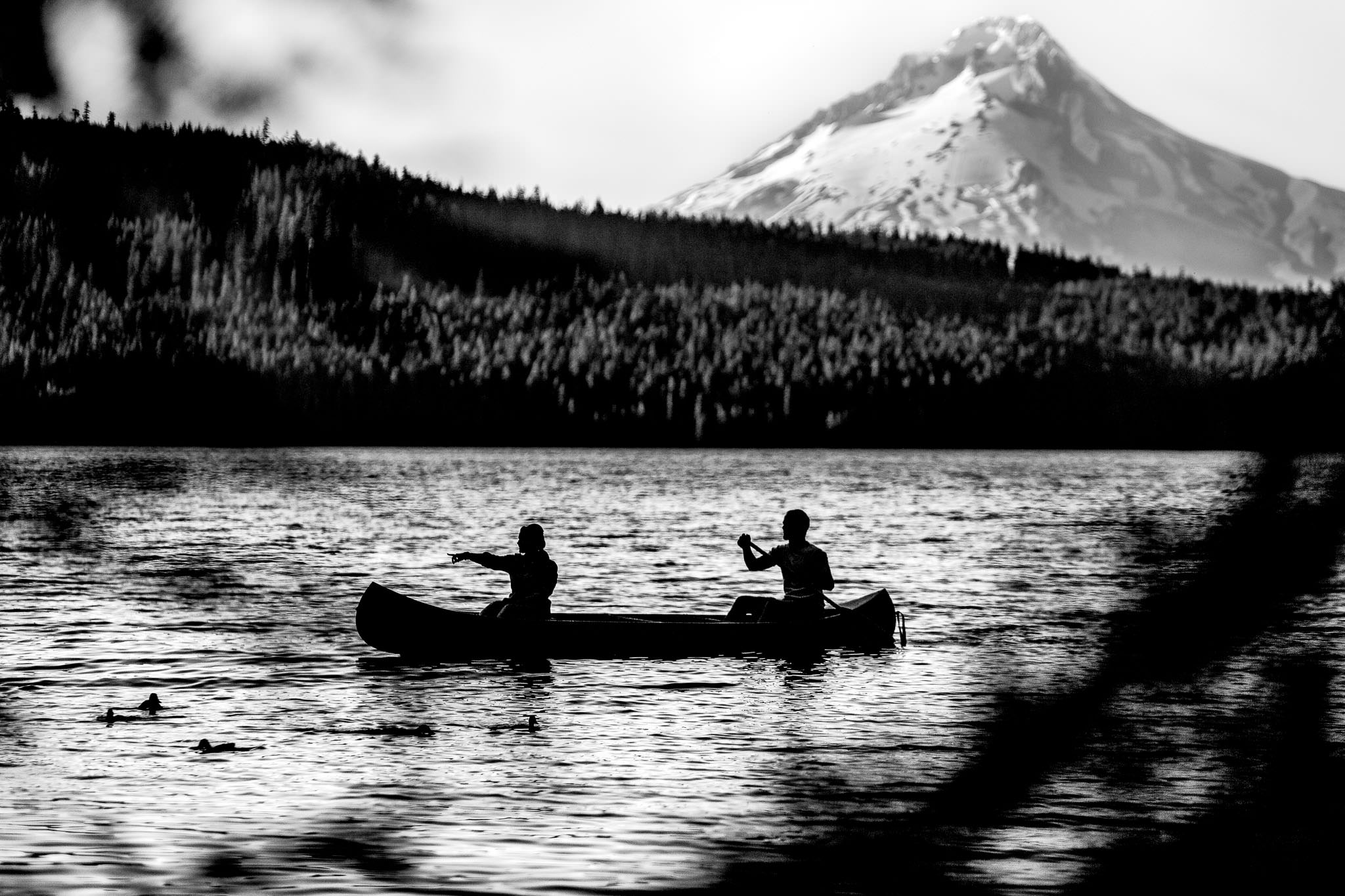 Engagement Photos at Timothy Lake on canoe