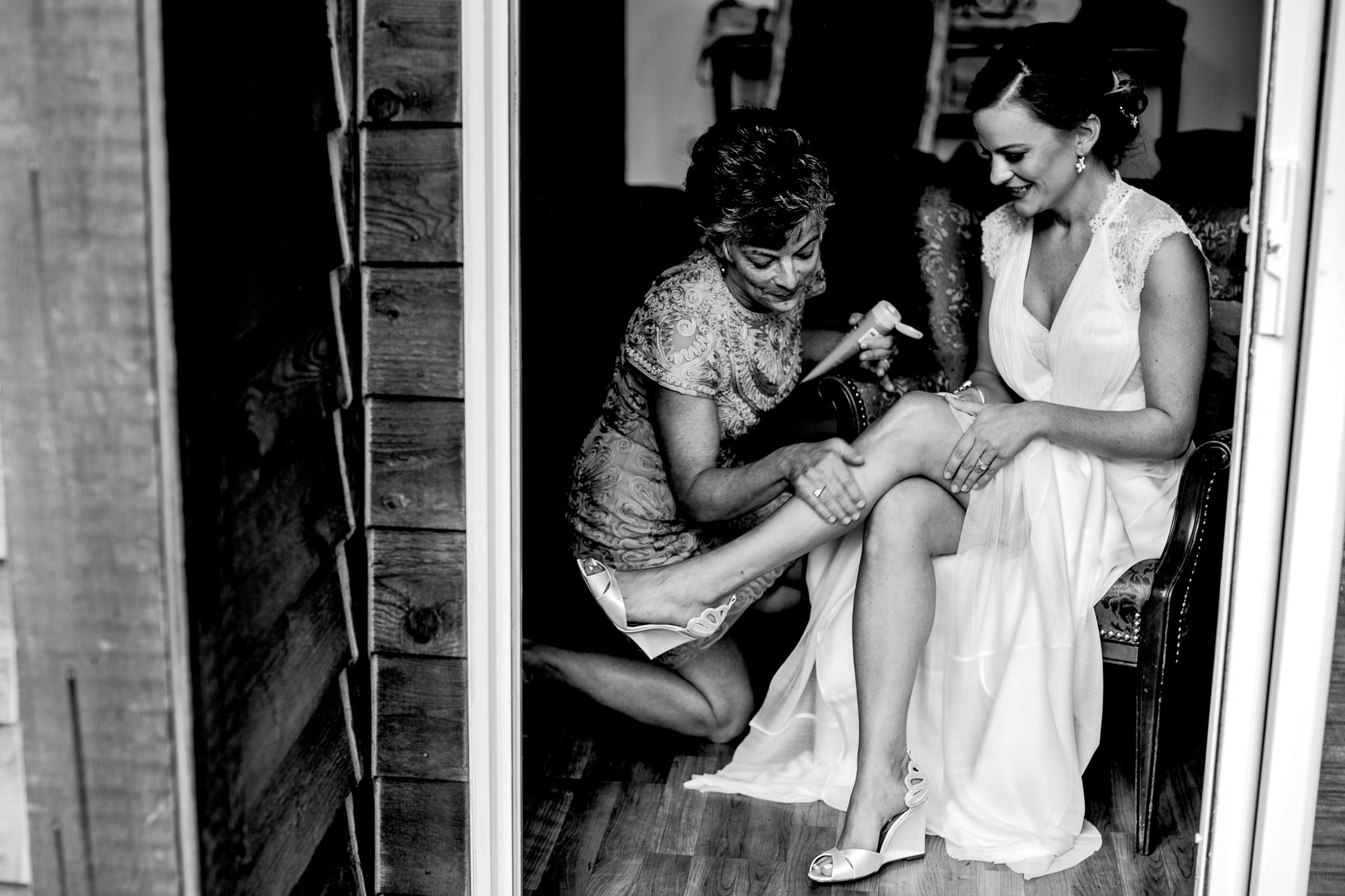 Bride getting ready for Timberline Wedding at Silcox Hut